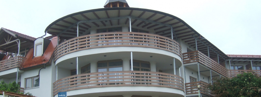 Kolping Hotel, Gizella-ház átépítése, bővítése