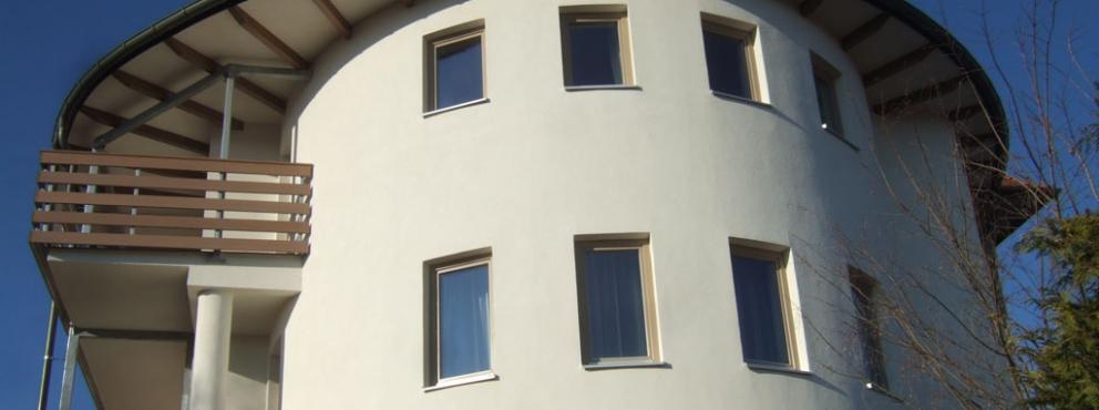 Alsópáhok, Kolping Hotel - Ulrich-ház átépítése